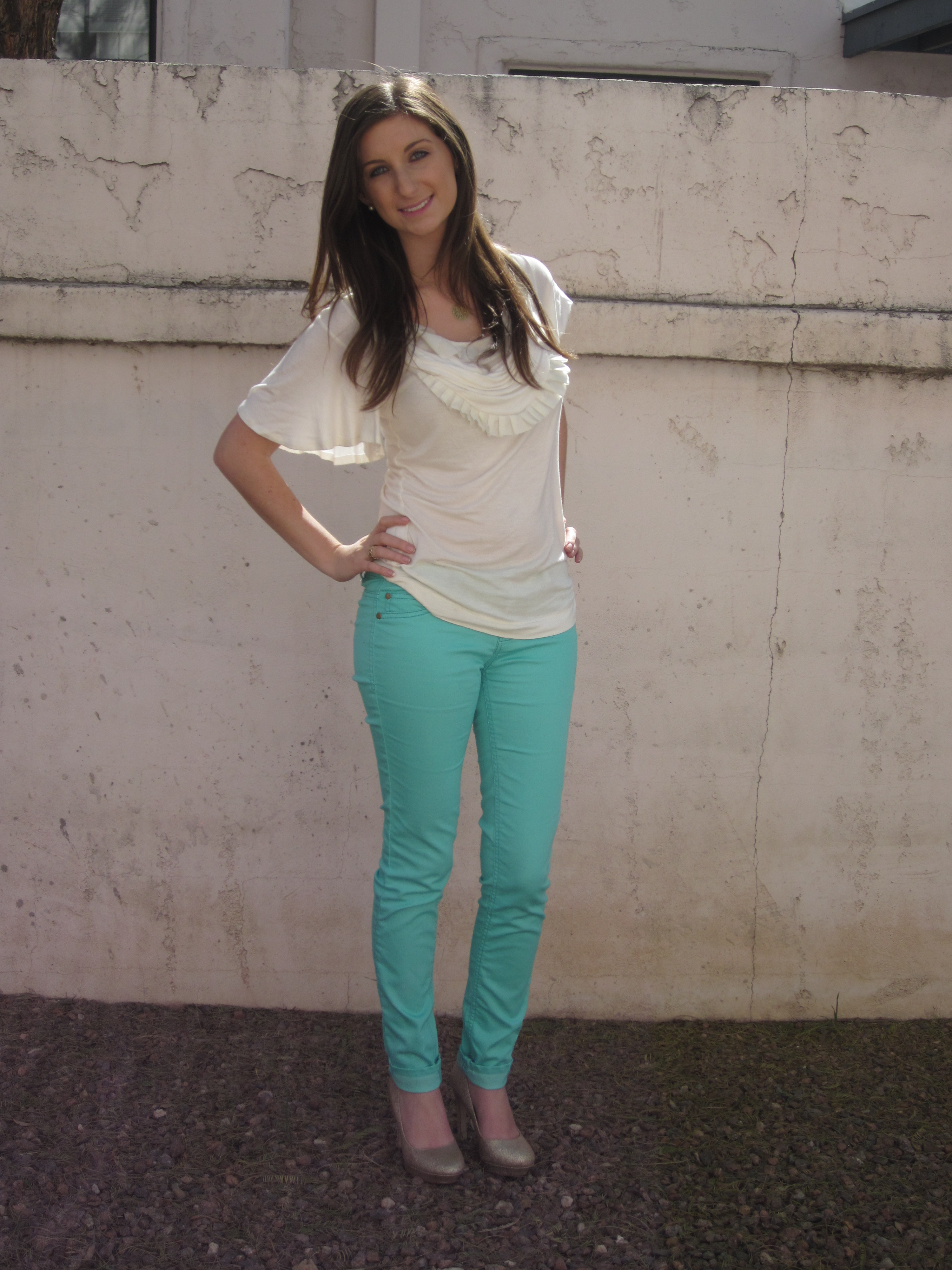 How To Wear Mint Skinny Jeans Ootd